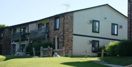 Conventional Apartment Sale- Hawthorn Ridge - Section 8 - HAP Contract - Woodridge, Illinois